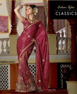 Geleneksel hint kıyafeti saree